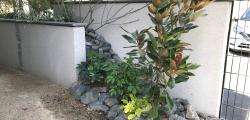 目隠し壁とGreenを合わせたお庭のリノベーション