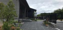 黒を基調とした和ガーデン